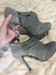 Título do anúncio: Sapato 2 pares
