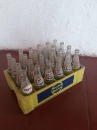 Caixa antiga refrigerante PEPSI / engradado (garrafas a parte)
