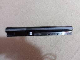 Título do anúncio: bateria original para notebook Dell inspiron mod 14 e 15 por R$300 tratar 9- *