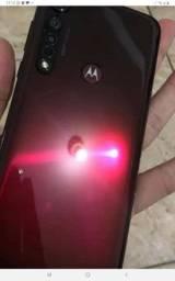 Moto g8 plus red  com nota fiscal e garantia