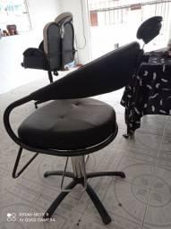 Cadeira de Barbeiro Dompel semi nova