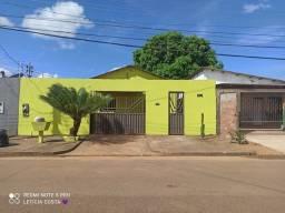 Casa com toda escriturada bairro jk 1