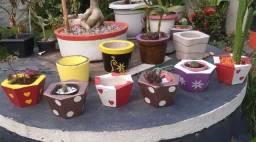 Título do anúncio: Lindos vasinhos de cimento para cactos e suculentas 15,00R$ cada um