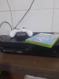 Xbox ONE fat + Fifa 19