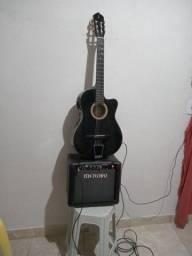 Título do anúncio: Um violão Gianini e um caixa cubo meteoro