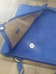 Bolsa azul feminina