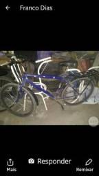 Bicicleta de marcha e folha aero