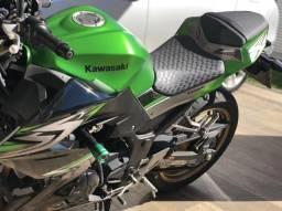 Moto kawasaki z300 2017 2.500 km - 2017