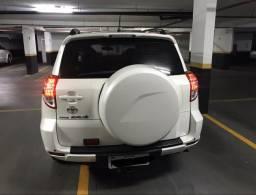 Vendo Toyota RAV 4 gasolina 4x2 - 2011