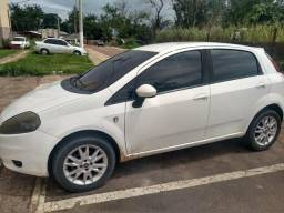 Fiat Punto Attractive 1.4 ano 2012 - 2012