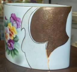 Vaso Ouro Brocado em Porcelana (034-VOB)