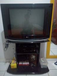 Tv, rack e DVD
