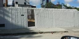Dois terrenos juntos, 640 m², limpos e murados no Barro Vermelho. Oportunidade!!!