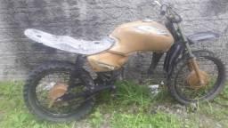 Moto de trilha - 2003