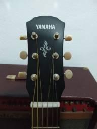 Violão Yamaha apx-t2