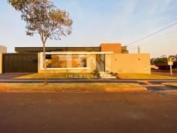 Título do anúncio: VENDA | Casa, com 3 quartos em Jardim Cristhais, Dourados