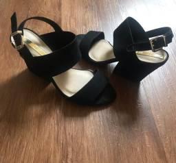 Sandália moleca tamanho 35