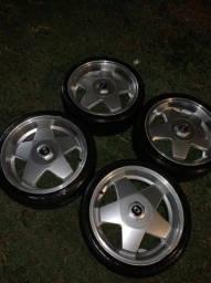 Título do anúncio: Vendo rodas aro 17, pneus 205/40