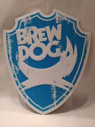 Título do anúncio: Placa Metálica da Cervejaria Brew Dog da Escócia Original Importada Cerveja Beer Decoração