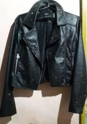 Jaqueta curta de couro nova