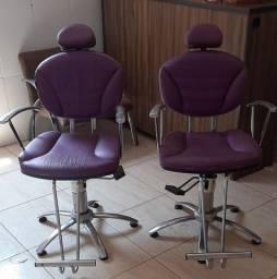 Título do anúncio:  2 cadeiras hidráulicas