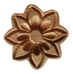 Kit 20 flores madeira 6cm