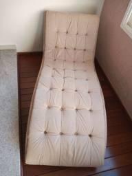 Chaise em estado de novo pouco uso.