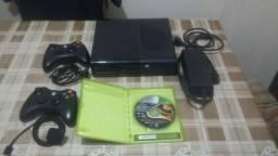 XBOX360 Bloqueado  R$550 incluindo 4 JOGOS!!!!