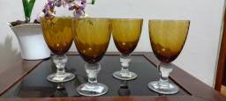 Título do anúncio: Kit 4 taças p/vinho