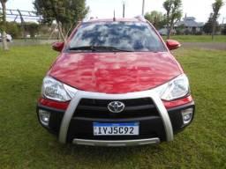 Título do anúncio: Etios cross 1.5 aut. 2018 vermelho