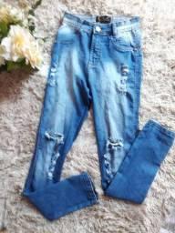 Calça Jeans cintura alta rasgada