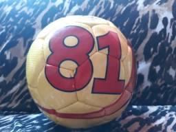 Bola Maker Goal 81 Futsal Microfibra Costurada À Mão a6d199e5cc609