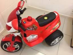 Super moto bombeiro 12v Magic Toys