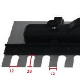Desempenadeira Dentada Com Regulagem 43 X 12cm - Dtools