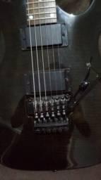 Guitarra Ibanez usada poucas vezes