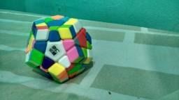 Cubo mágico profissional megaminx