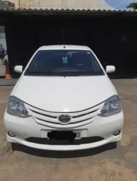 Toyota Etios 2013 - 2013