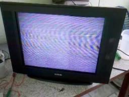 Quem diver uma TV pra doar eu agradeço minha queimou ontem no temporal