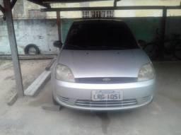 Fiesta sedan 1.0 - 2005