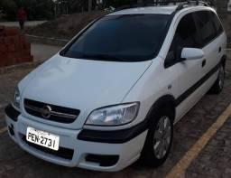 Vendo Zafira Extra GNV - 2012