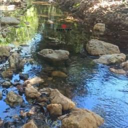 Bela Fazendinha no coração da Serra do Cipó, riacho, energia elétrica - Financio