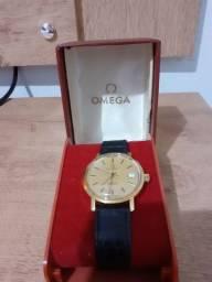 Relógio Ômega.