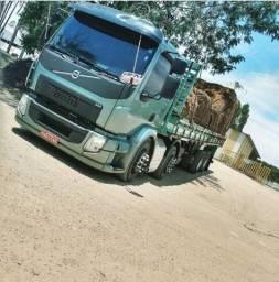 Caminhão VM 270 bitruk