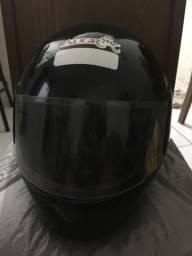 2 capacetes por 70,00