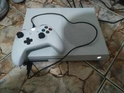 Xbox one s quero PS4 slim comprar usado  Jundiaí