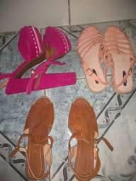 3 sandálias seminovas