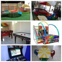 Locação:cama elástica,fliperama,piscina,pebolim,aero hockey, infláveis+36 brinquedos