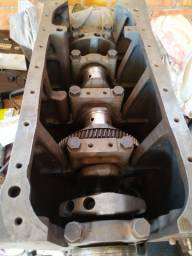 Vende-se motor aberto mwm D226 - 04 cilindro