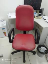 Cadeira de Escritório Giovanne Sonda. Bom Estado.