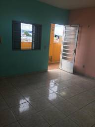 Aluguel de apartamento de R$ 450,00 e 700,00